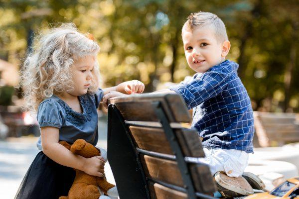 Mihaela si Matei – Joaca in parc